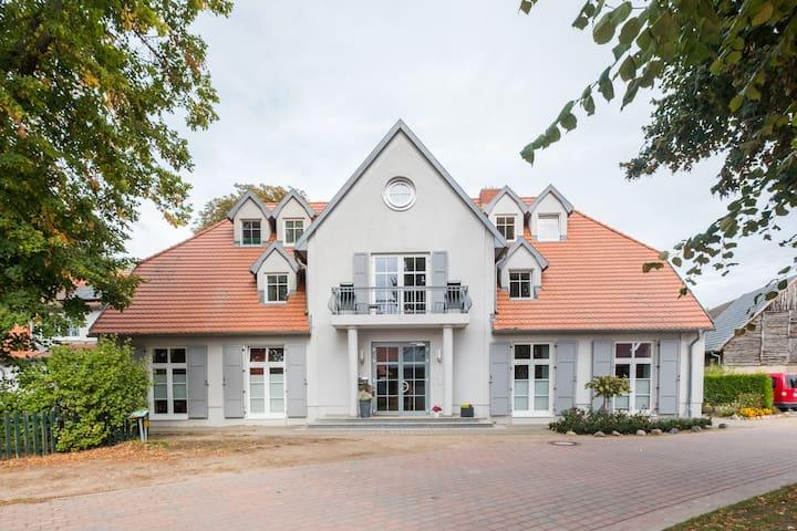 Alt Schwerin的民宿