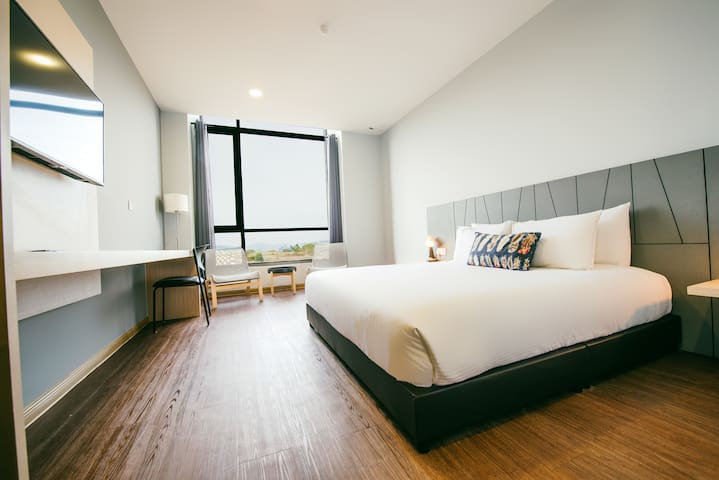 [Sea View] King Bedroom for Romantic Couple
