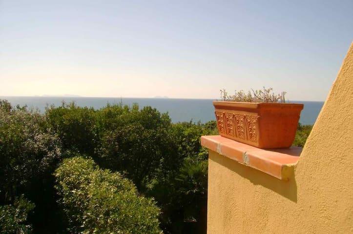 Punta Rossa的民宿