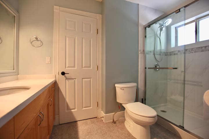 Simple yet Elegant private room