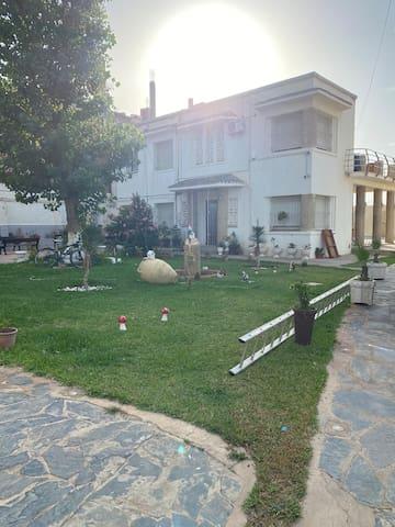 Bordj El Bahri的民宿