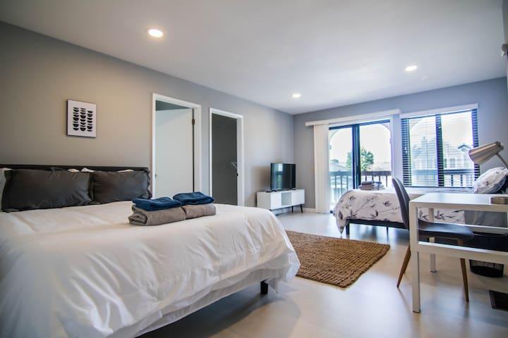 Luxury SFO Master Suite 2.5Ba - 1min to BART