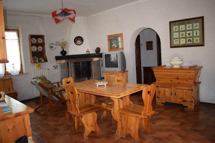 Bolognola的民宿