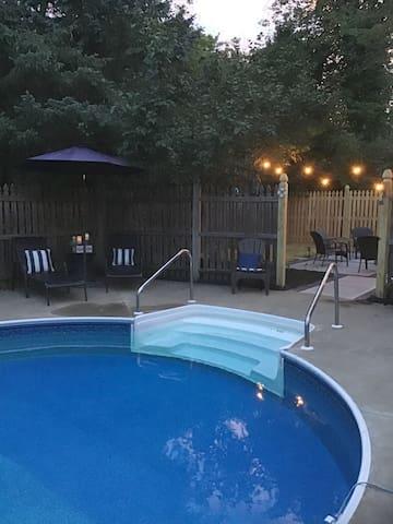 Saratoga Springs convenient quiet location