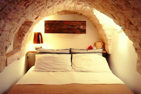 Lovely Magic Stone 2 Floors + Terrace + Free WIFI