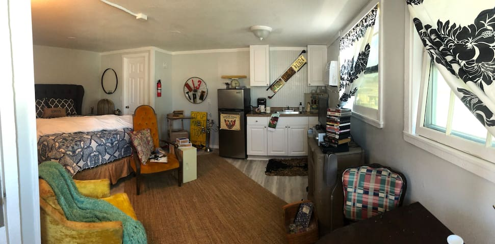 Tampa 的民宿