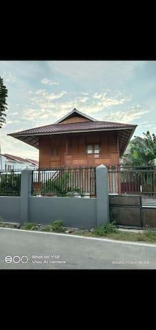 Kecamatan Palu Timur的民宿