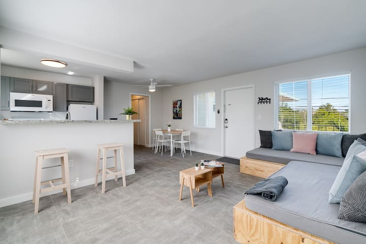 Super Central, Bright 1 BD Free Parking and Wifi