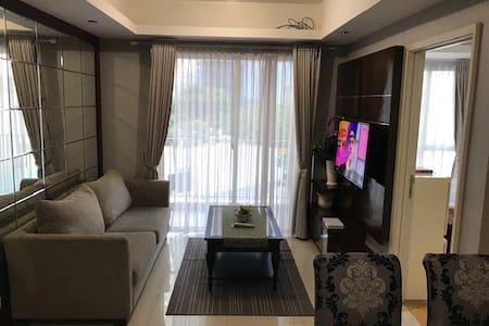 Low Cost,Homely 1 bedroom apartment,Deals in desc.