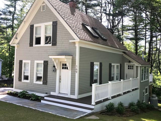 Chic Kennebunkport Cottage - Close to Everything