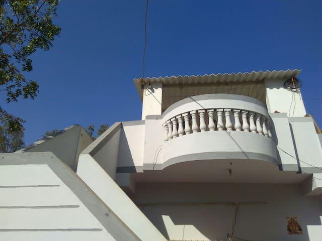 Bhuj的民宿