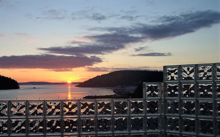 Anacortes! Just Another Day in Paradise!