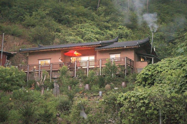 Sanoe-myeon, Boeun-gun的民宿