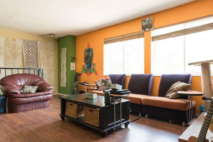 Colorful & Loving 420-friendly Denver Condo