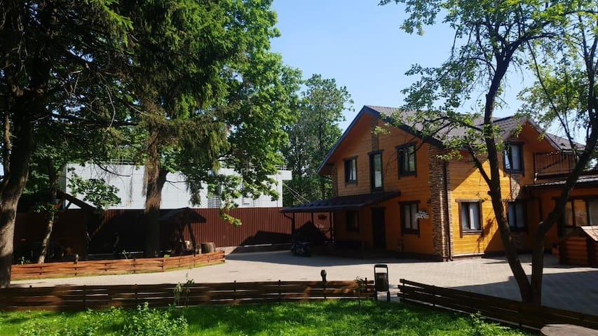 Lesnoy Gorodok的民宿