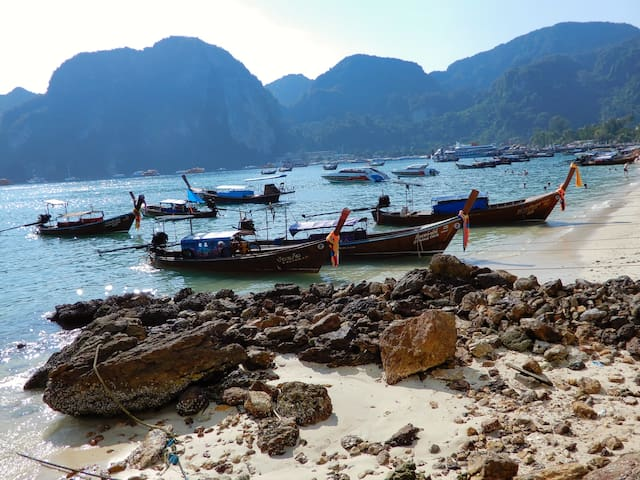 Rustic Double on Phi Phi!