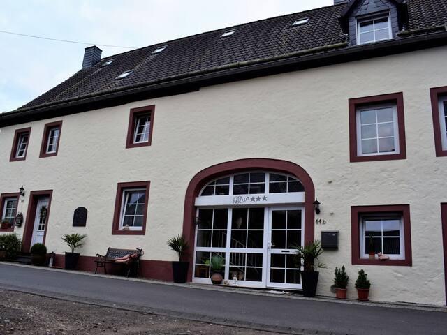 Berlingen的民宿