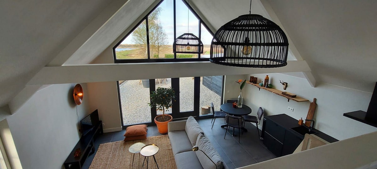Lodge Badger, natuurhuisje in de Weerribben.
