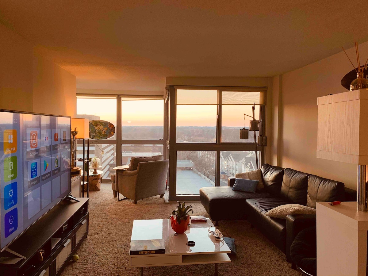 Modern Apartment in Rockville with an Amazing view