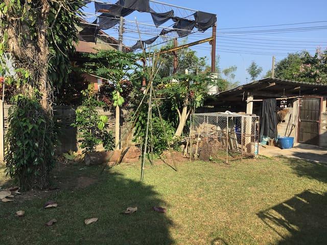 Tambon Salok Bat的民宿