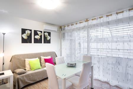 Alquiler apartamento a 50 metros playa con parking