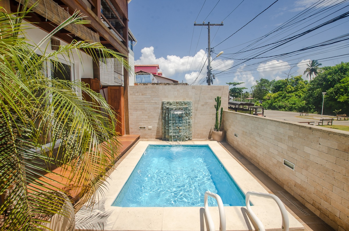 Apartamento com piscina e ótima localização!!