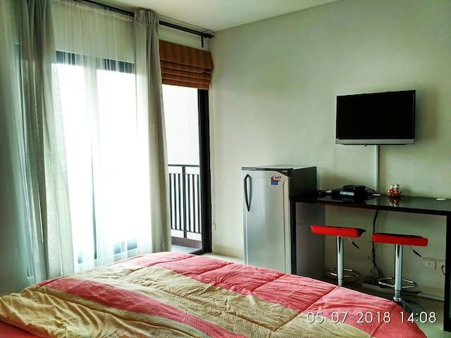 Cozy Stay in The Heart of Jakarta