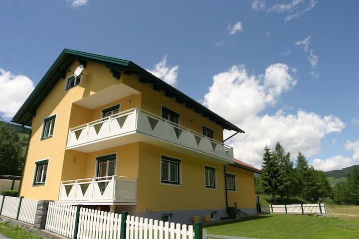 Rennweg am Katschberg的民宿