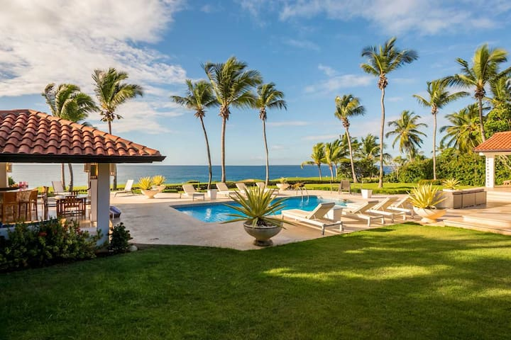 6 bdrm home with Panoramic Ocean Views!