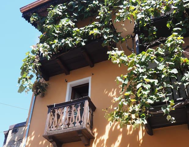 Alto Malcantone的民宿