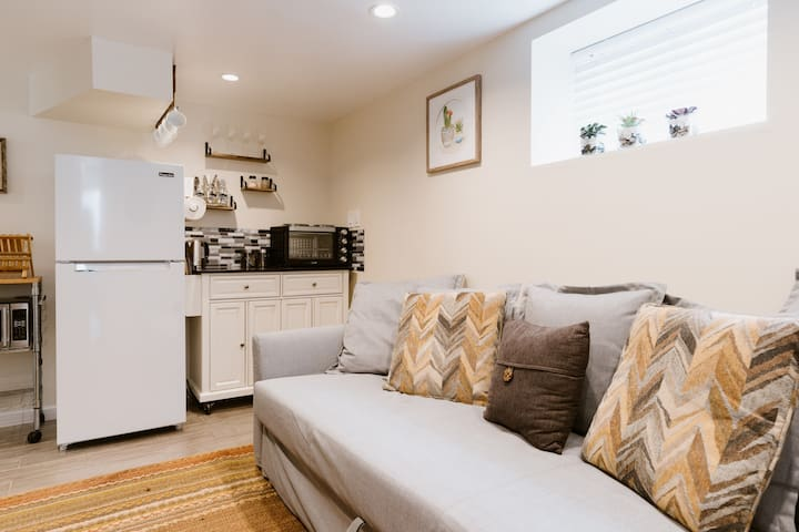Clean and Modern Comfort Basement Suite