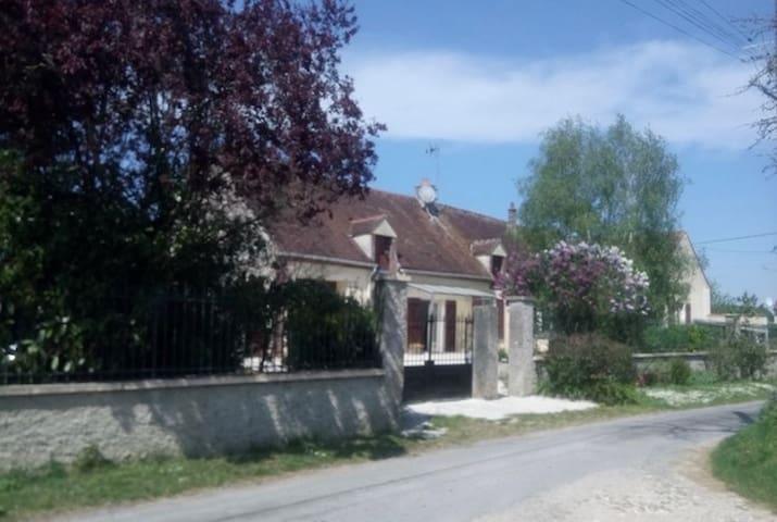 Vieux-Champagne的民宿