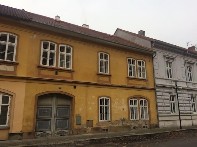 Terezín的民宿