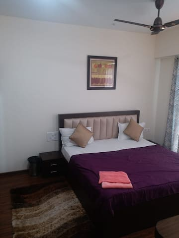 3BHK Fully Furnished Luxury ServiceApartment