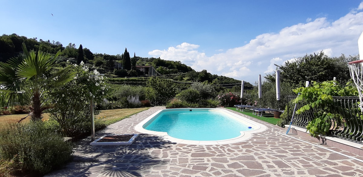 Corte Soave Apartment, swimming pool and whirlpool