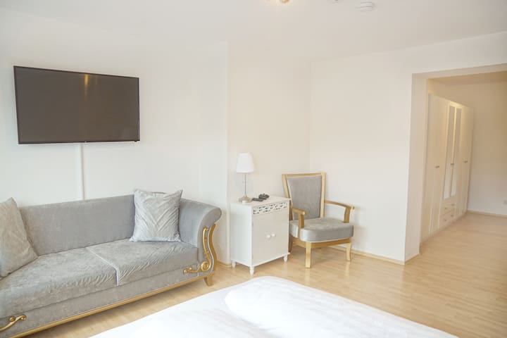 Center of Ulm—93m² Apartment—incl. kitchen&balcony