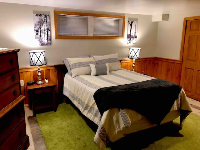 The Inn At South Lake, Blair Suite