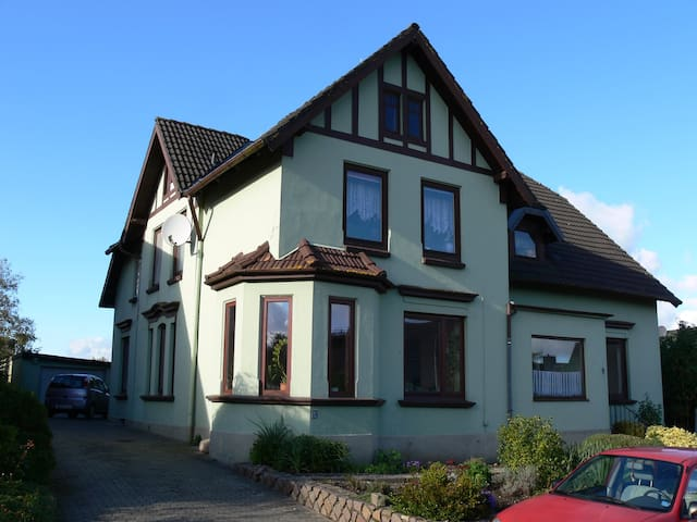 Barkelsby的民宿