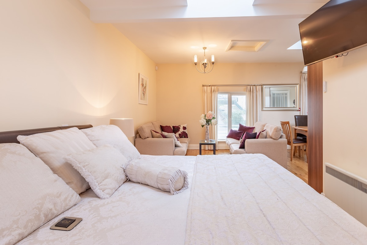 Deluxe New Apartment in the heart of Killarney