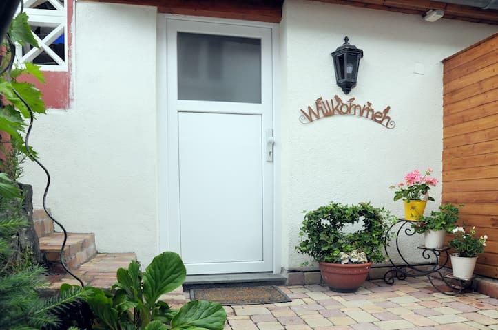Weinheimer Sonnenblick - Die kleine Wohlfühloase