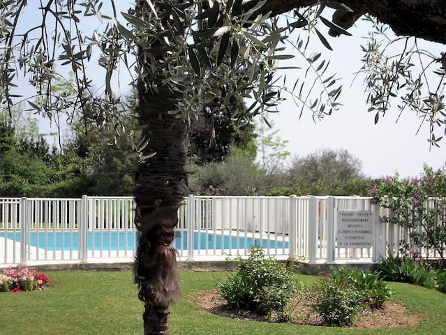 Independent parental suite on the French Rivierae