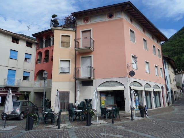Monasterolo del Castello的民宿