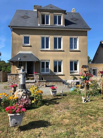 Gouville-sur-Mer的民宿