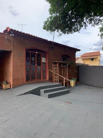 Vila Planalto的民宿