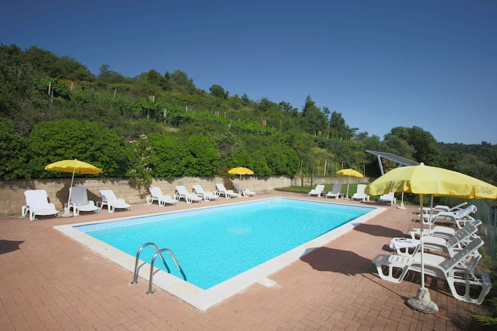 Cozy Farmhouse in Paciano with Private Pool