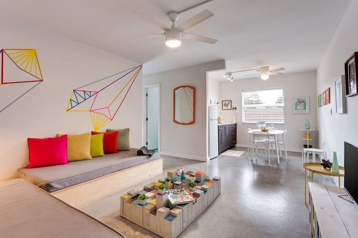 Wynwood Place |  2 BDR w/ Balcony + FREE Parking