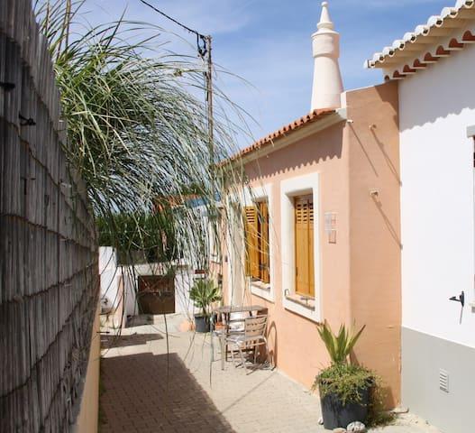 Sagres charming cottage near Tonel beach