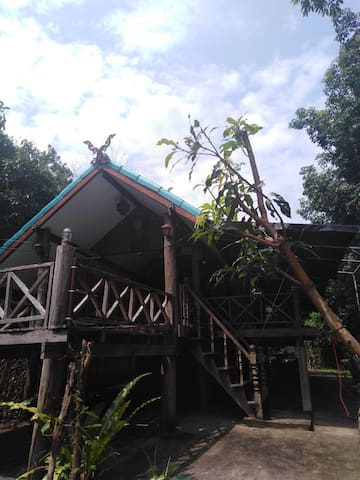 Amphoe Mueang Mukdahan的民宿