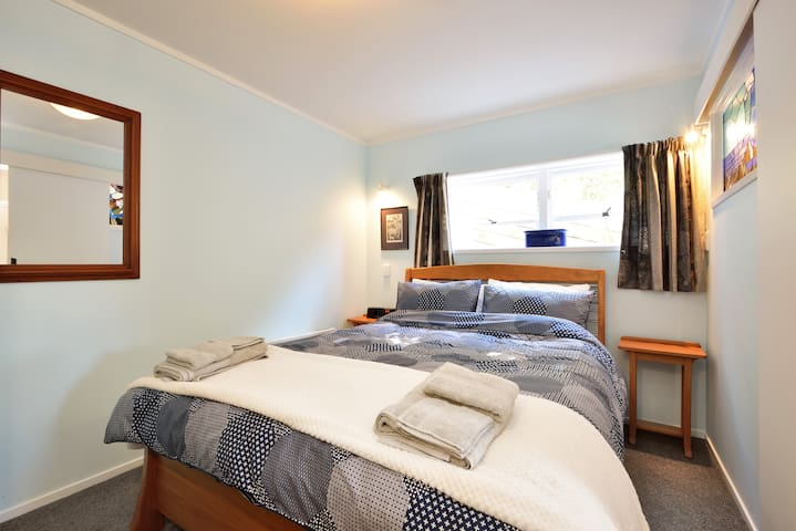 St Heliers Bay self-contained unit