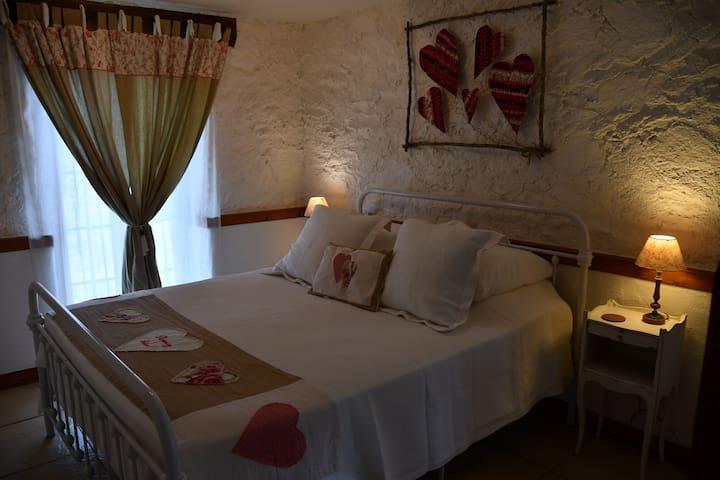 Arnac-Pompadour的民宿